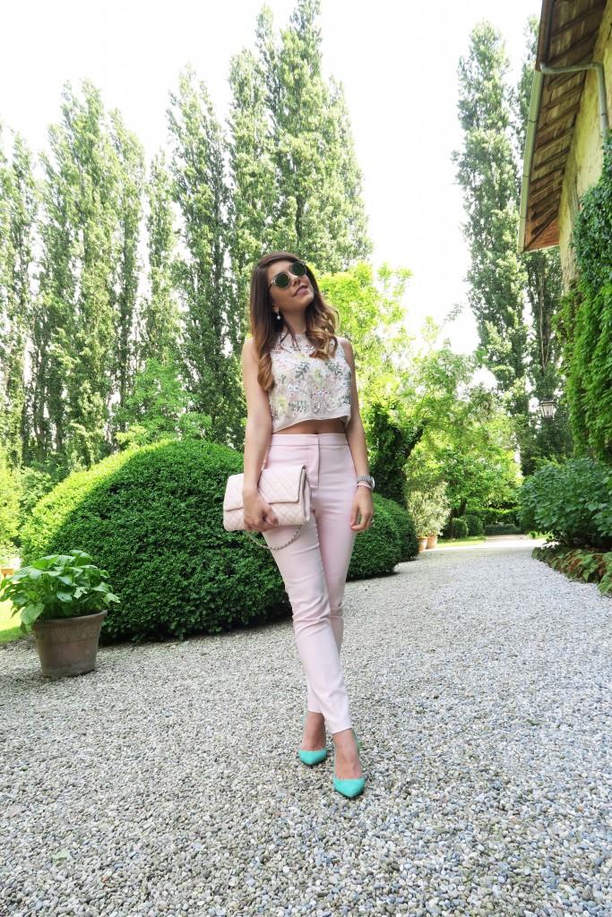 outfit colori pastello primavera
